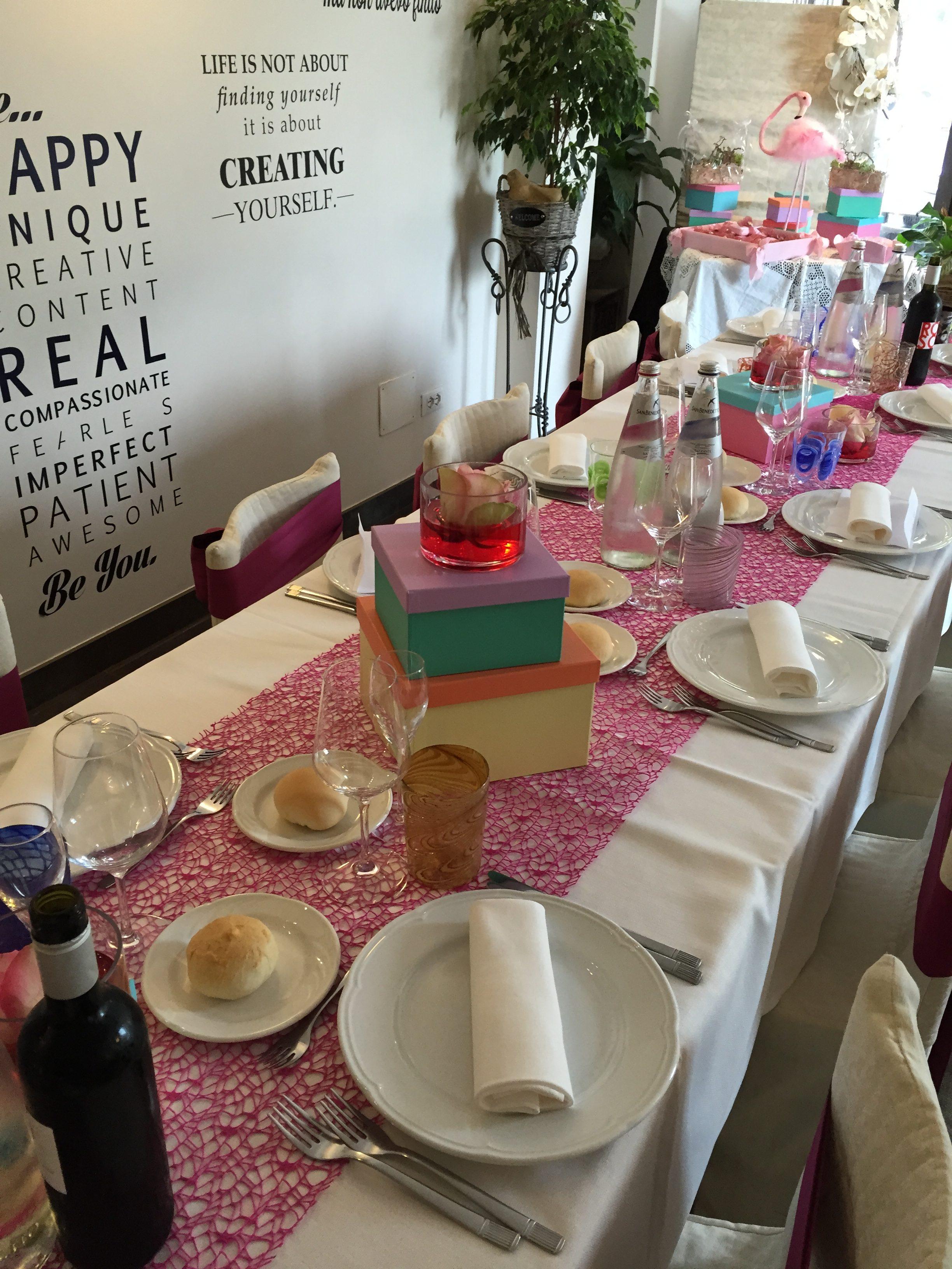tavola imbandita ristorante per battesimo