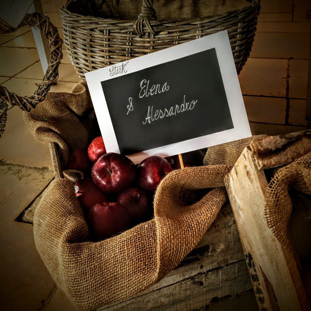 allestimento pranzo di matrimonio atmosfera il tempo delle mele