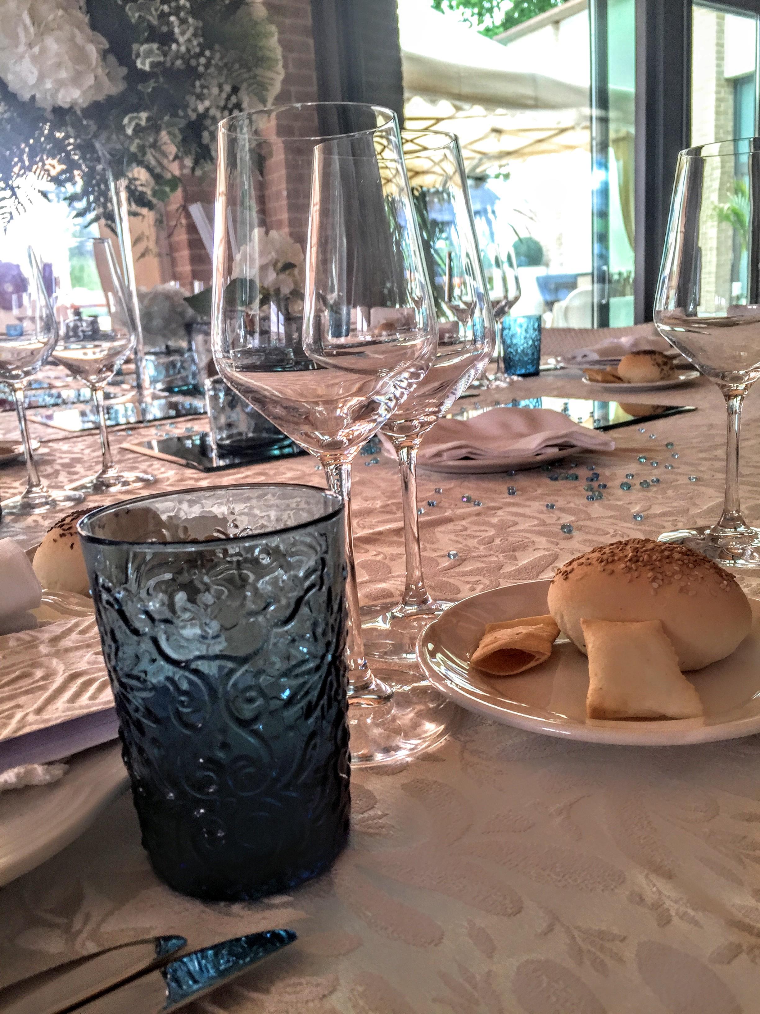 tavola grande ristorante per matrimoni