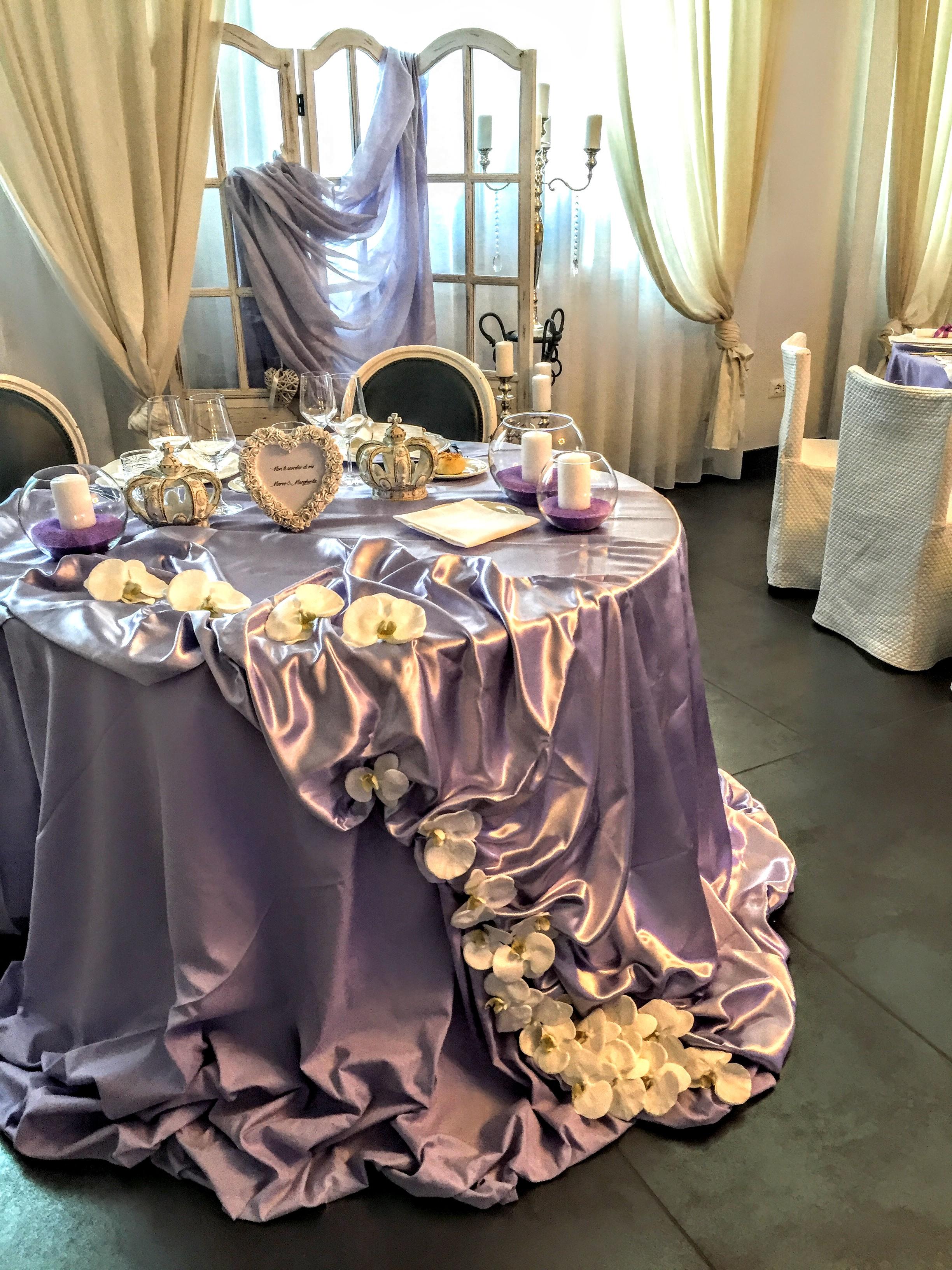 tavola da cerimonia di matrimonio